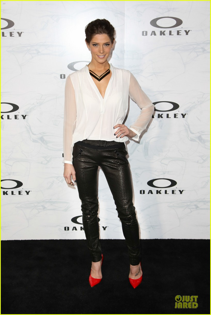 ashley greene kelly osbourne oakley disruptive by design campaign launch 05