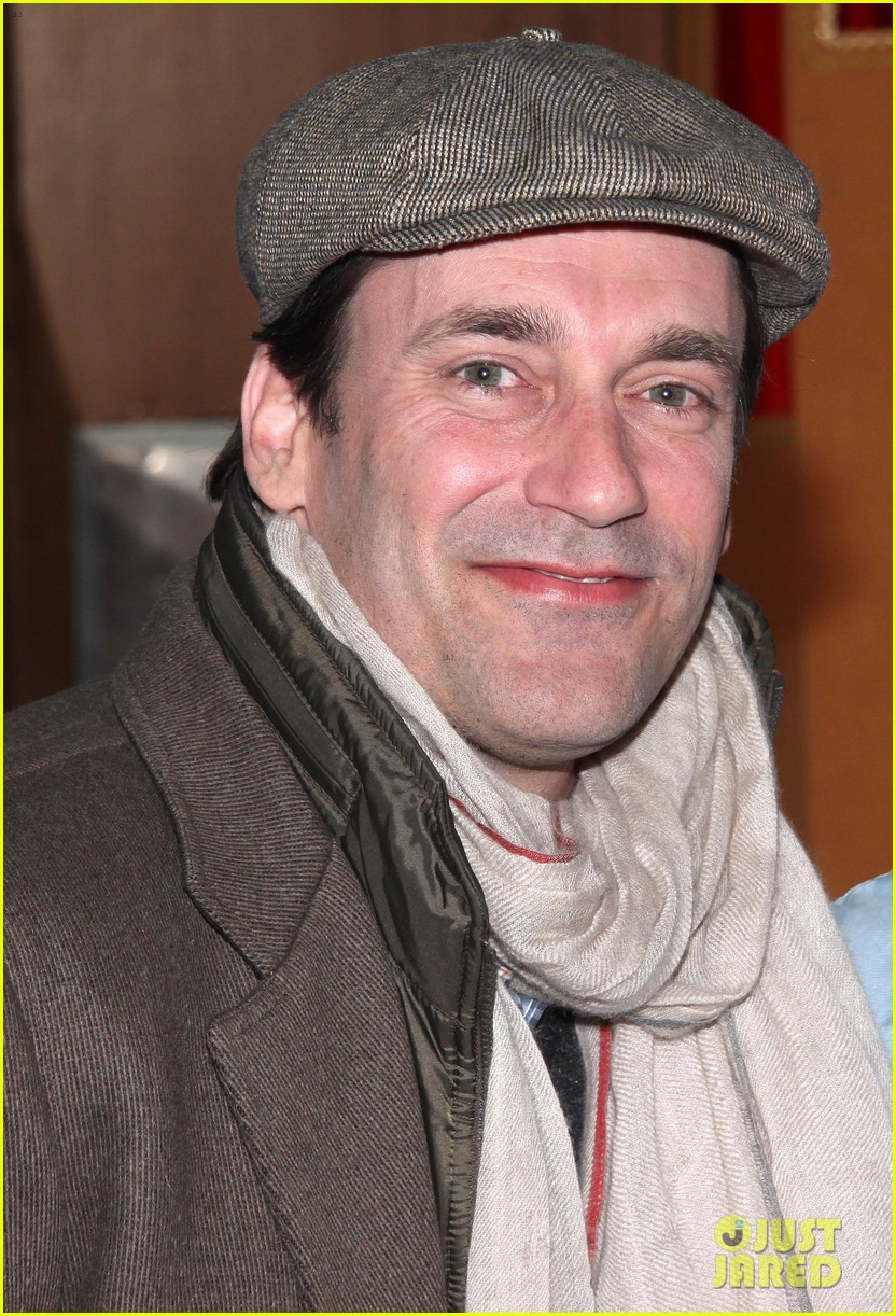 jon hamm checks out beautiful during broadway marathon 08
