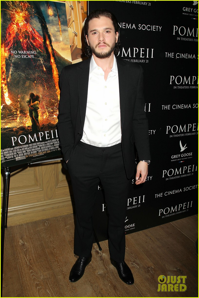kit harington spoils game of thrones for richard madden 033052429