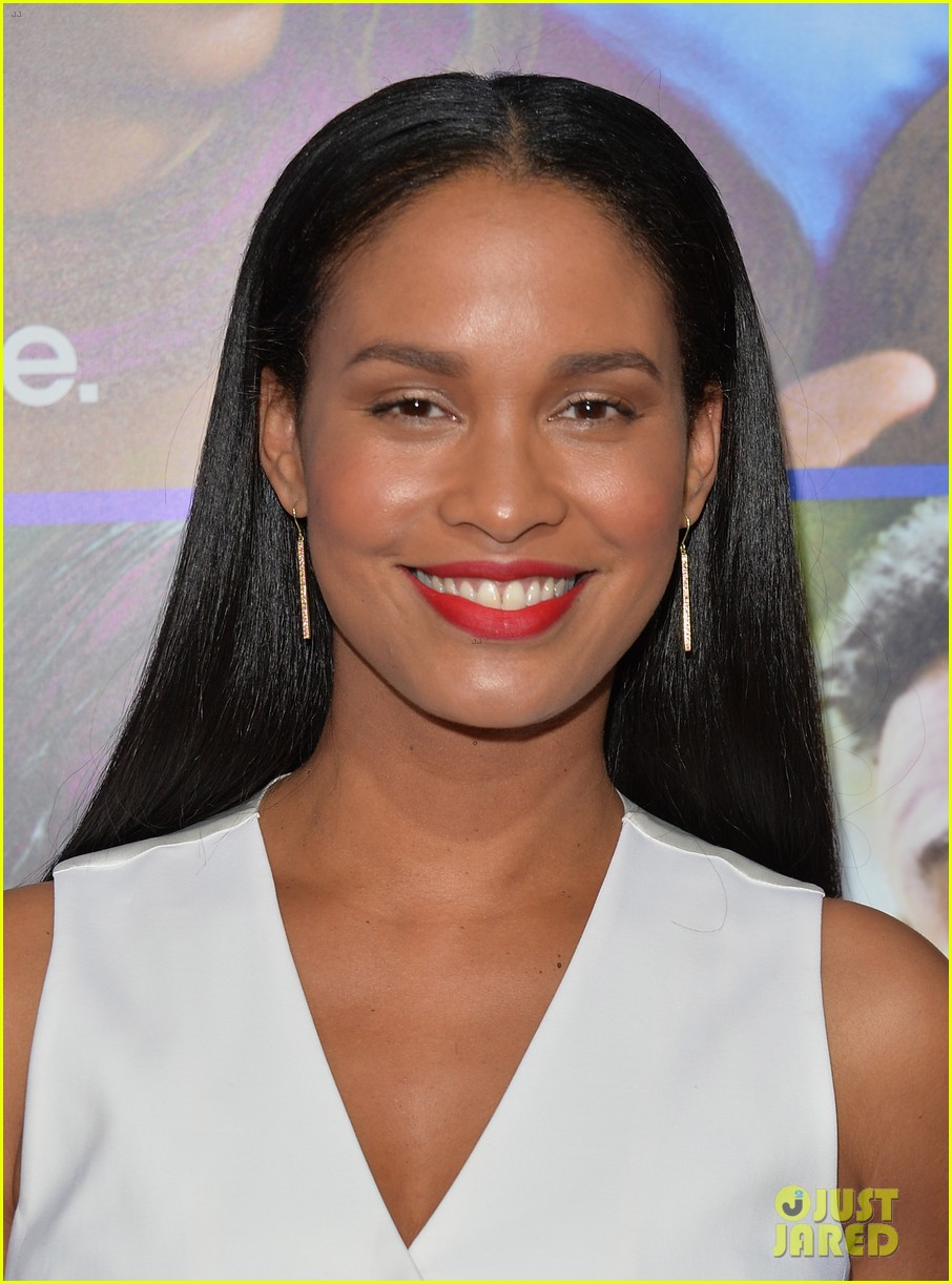 Photo 3052175 | John Legend, Joy Bryant, Kevin Hart, Michael Ealy, Regina Hall Pictures | Just Jared - kevin-hart-joy-bryant-about-last-night-hollywood-premiere-08