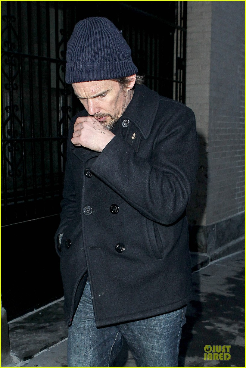 ethan hawke visits mimi odonnell following philip seymour hoffman death 063047564