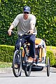 chris hemsworth supports sean penns jp hro foundation on daddy duty with india 09