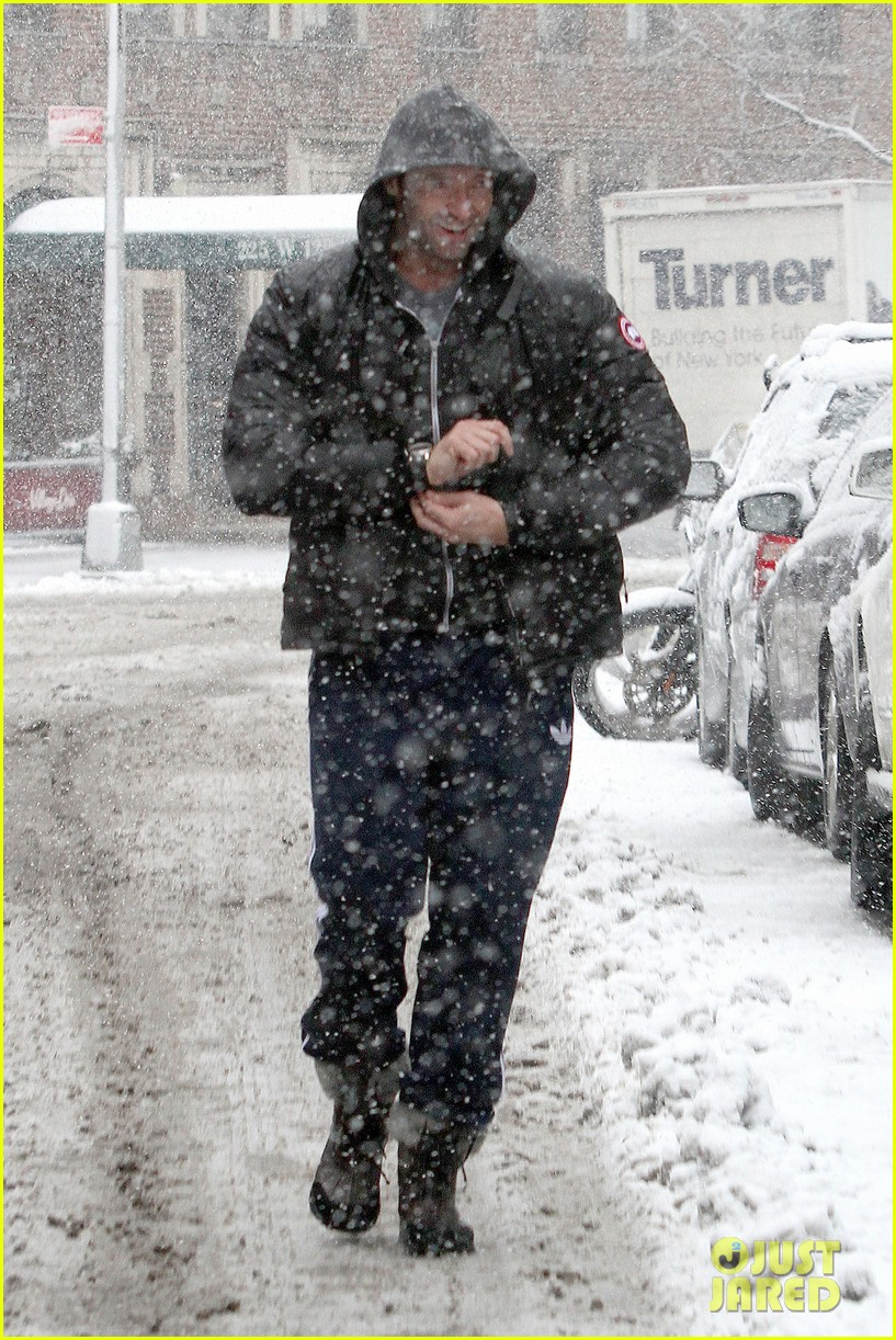 hugh jackman snowy workout after the super bowl 2014 013047335