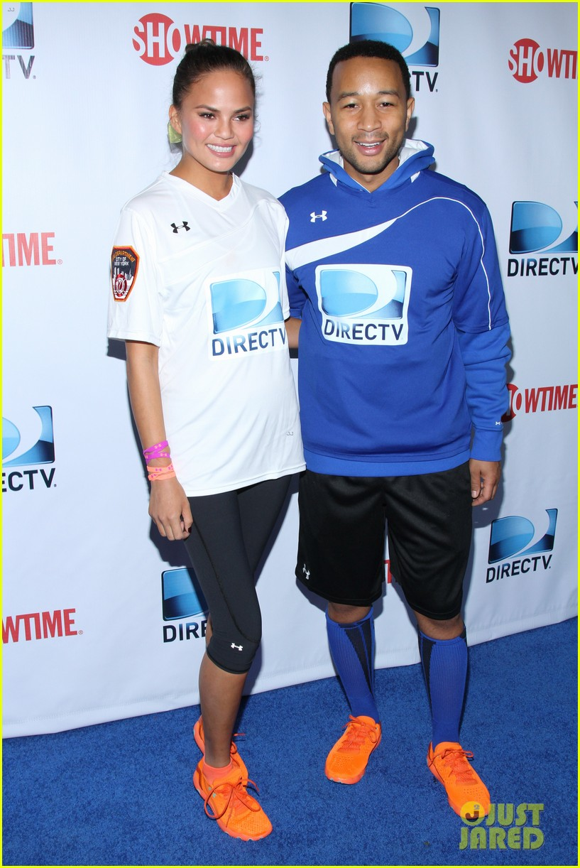 john legend chrissy teigen competing couple directv beach bowl 2014 04