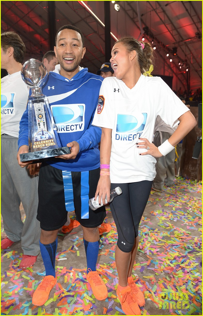 john legend chrissy teigen competing couple directv beach bowl 2014 053045657