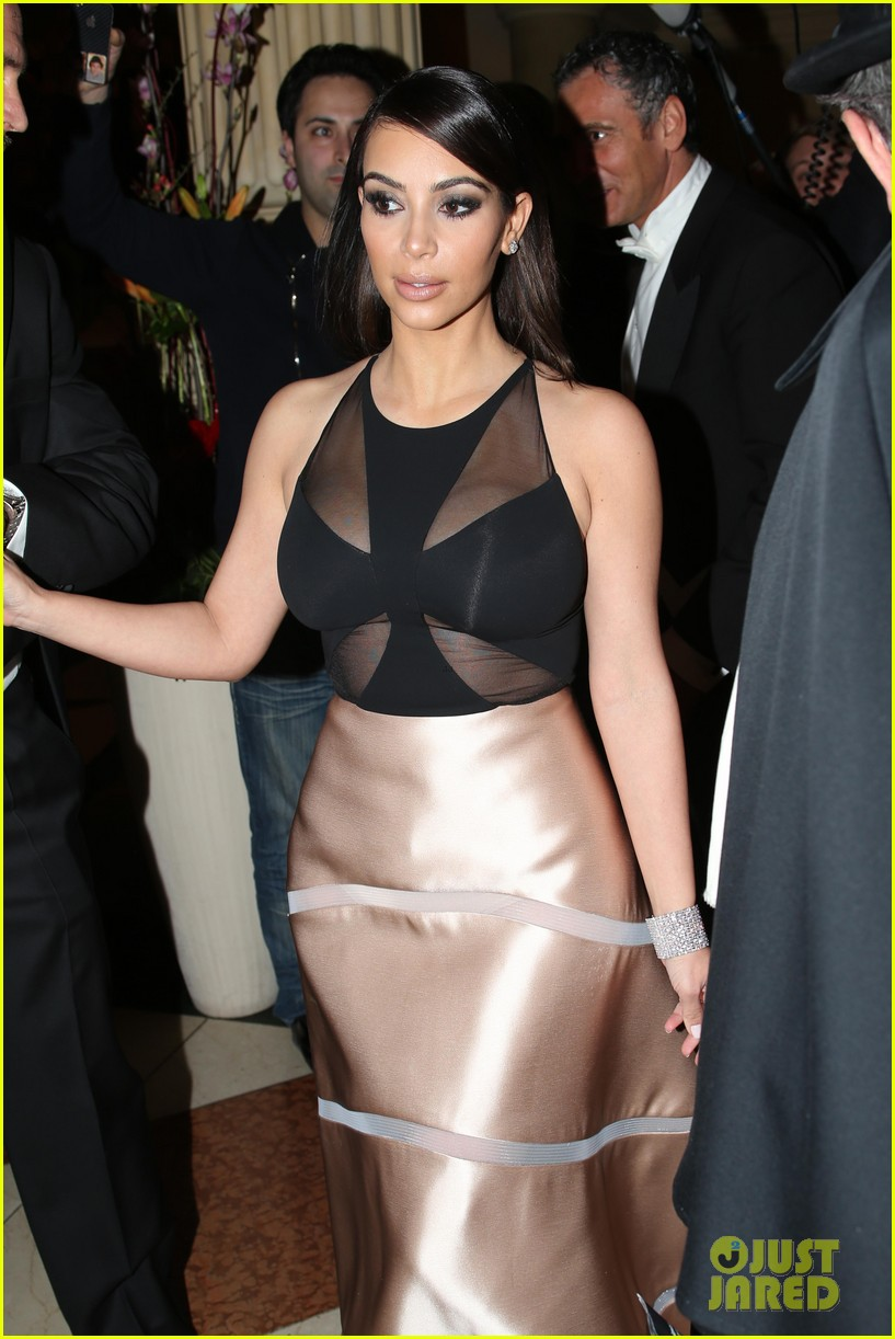 kim kardashian stuns in dress with sheer top at vienna ball 04