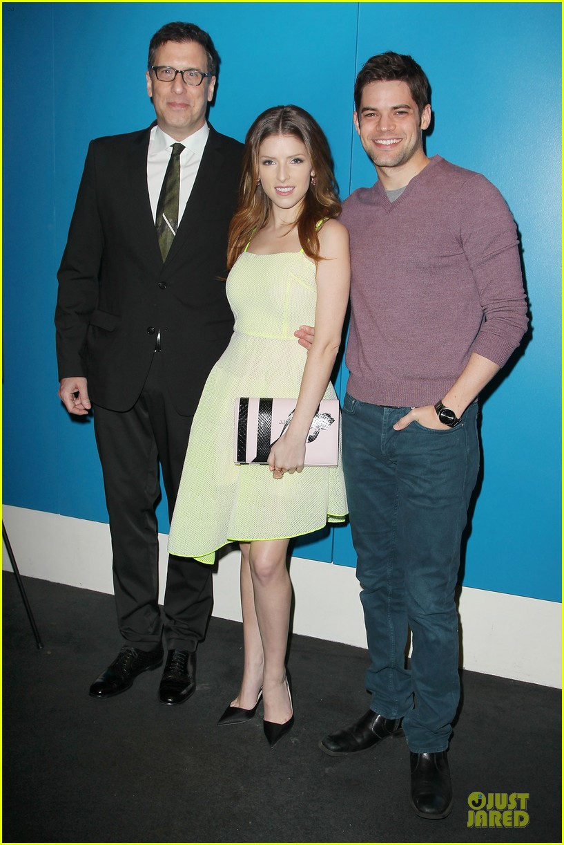 anna kendrick jeremy jordan last five years nyc screening 05