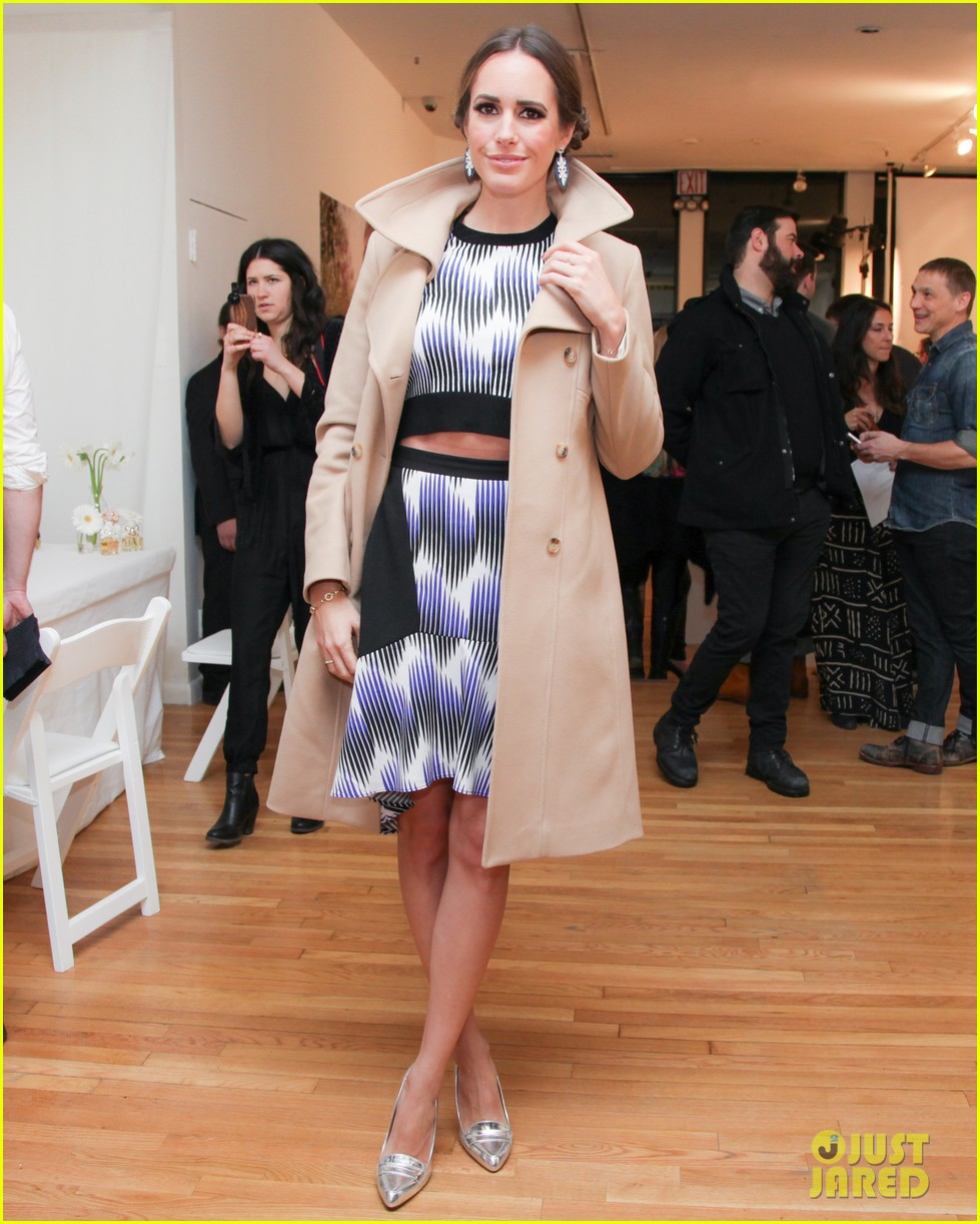 anna kendrick jamie chung marc jacobs pop up party 013049115