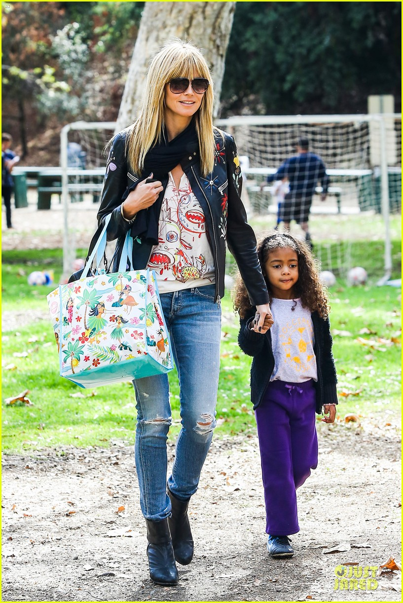 heidi klum soccer mom at leni johan saturday game 21