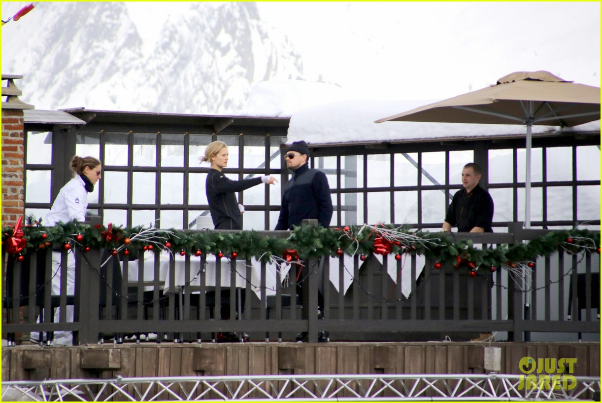 leonardo dicaprio toni garrn vacation in snowy french alps 05