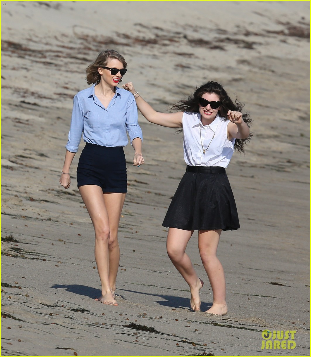 lorde gets breakfast with kiernan shipka after beach day with taylor swift 063059833