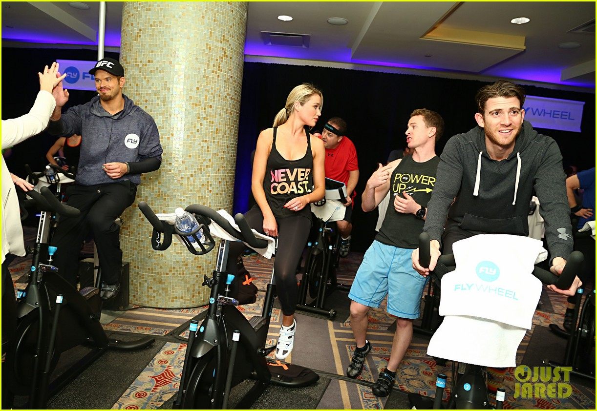 kellan lutz bryan greenberg work up a sweat at nfl house 33