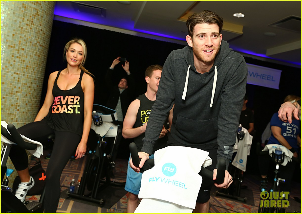 kellan lutz bryan greenberg work up a sweat at nfl house 34