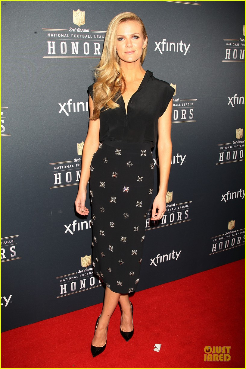 kate mara brooklyn decker beautifies nfl honors 19