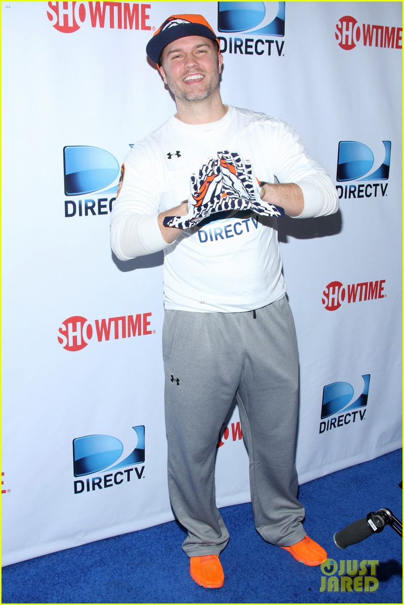 michael b jordan scott porter friday night lights reunion at directv beach bowl 2014 02