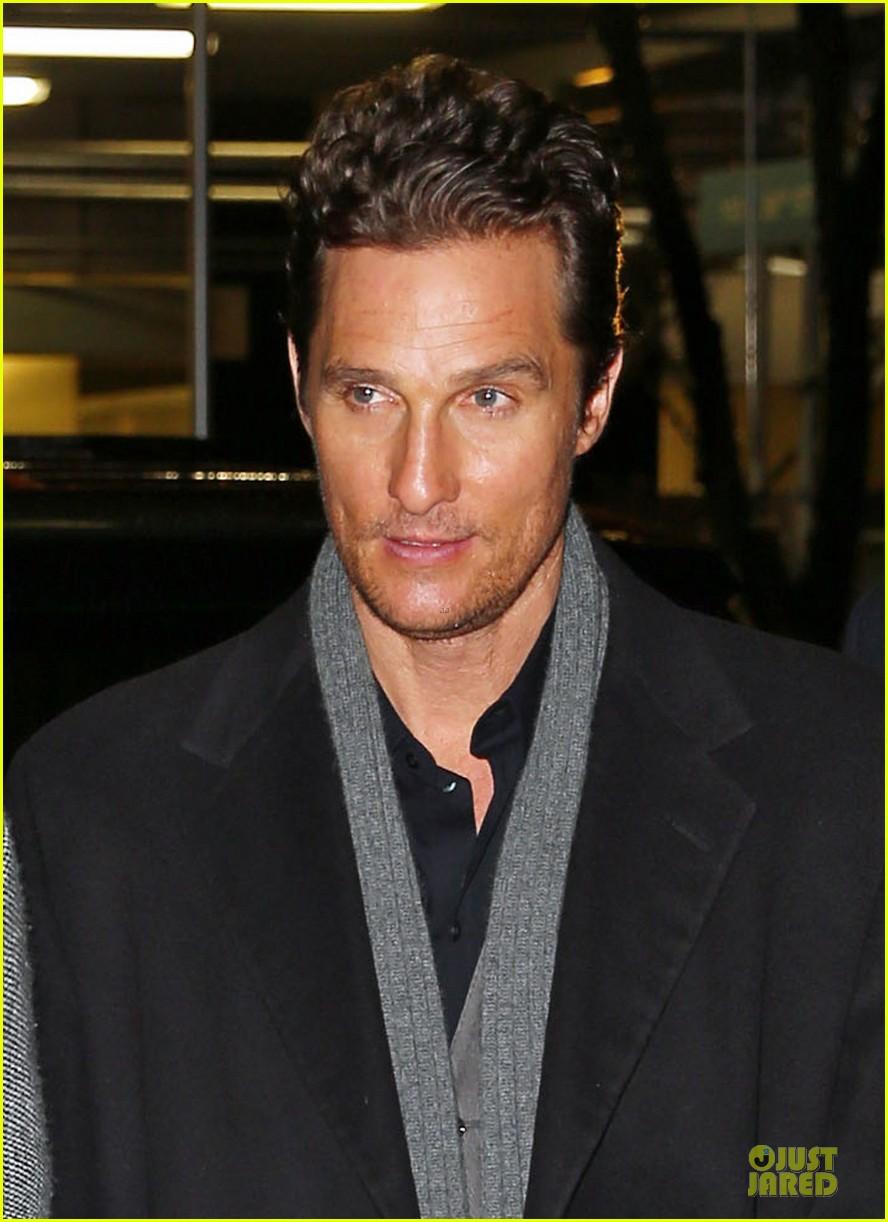 camila alves matthew mcconaughey isnt as romantic as his on screen characters 04