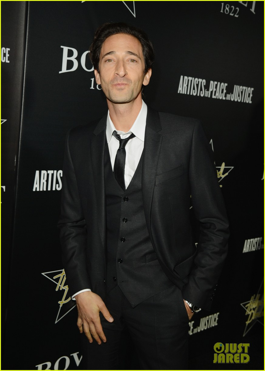 annalynne mccord adrien brody hollywood domino gala 2014 08