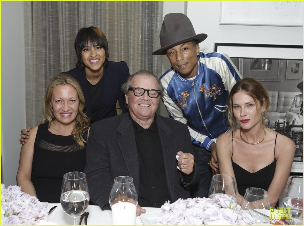 eva mendes pharrell williams elizabeth taylor tribute dinner 05