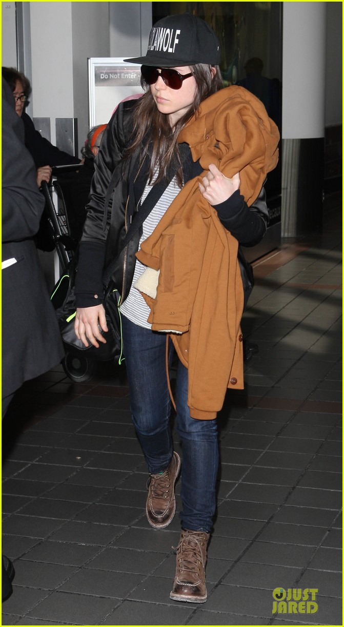 ellen page steps out after coming out as gay 073055867