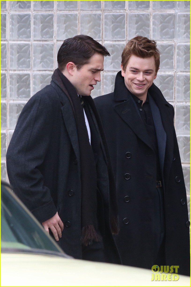 robert pattinson wears his suit well on life set with dane dehaan 07