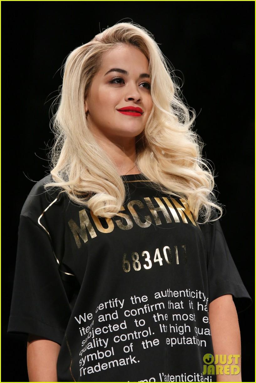 katy perry rita ora walk runway in moschino fashion show 38