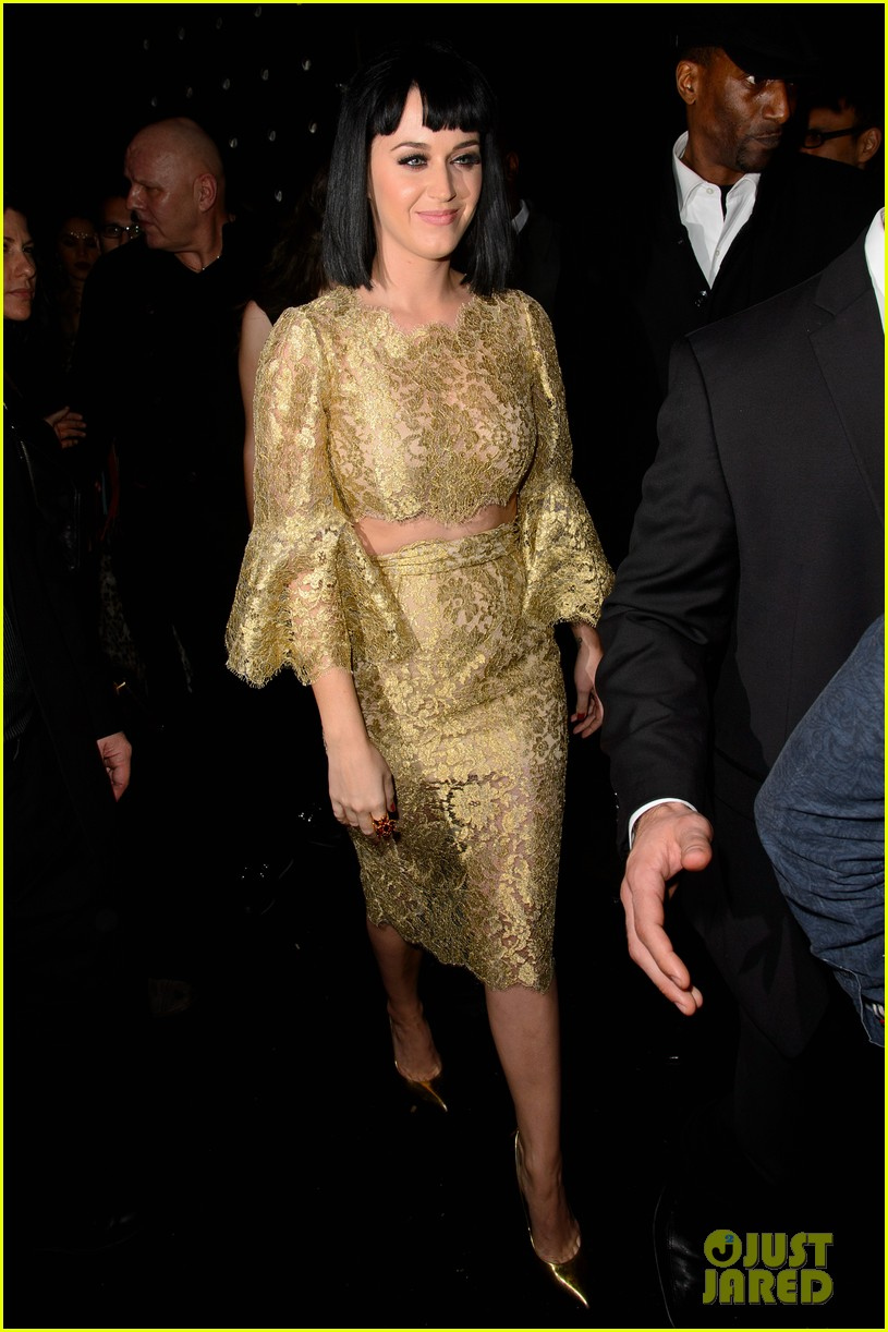 katy perry parties in london john mayer sticks in new york 033056735