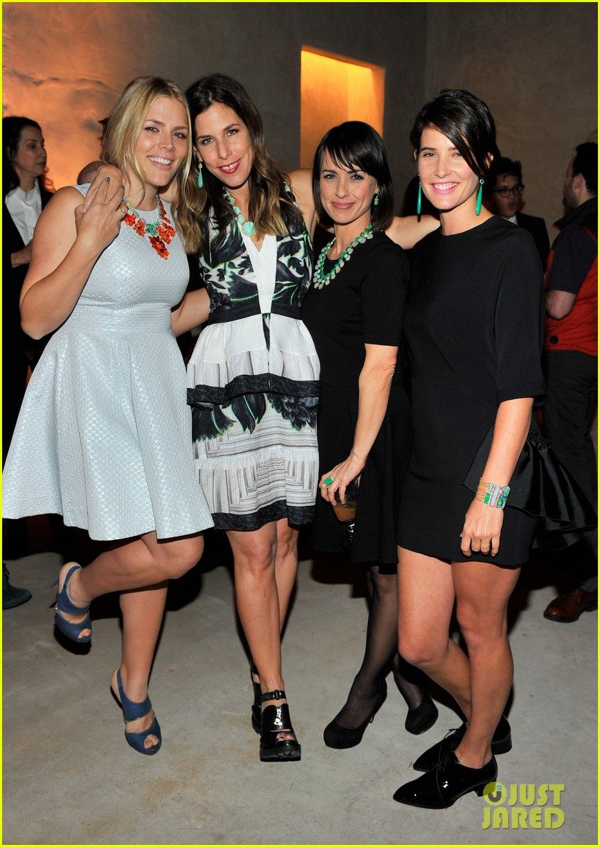 busy philipps cobie smulders irene neuwirth cocktail party 033047833