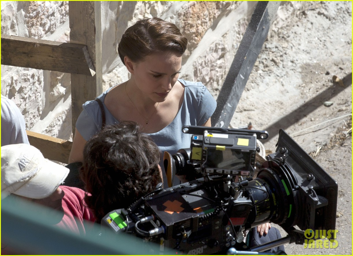 natalie portmans directorial debut begins filming 053052813