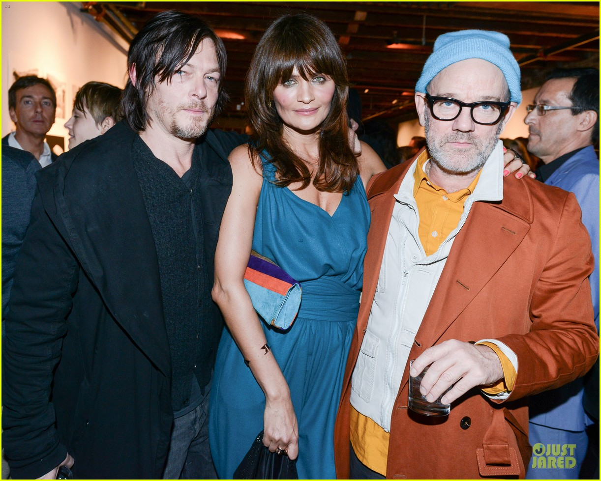 norman reedus liv tyler helena christensen photo exhibition 063045145