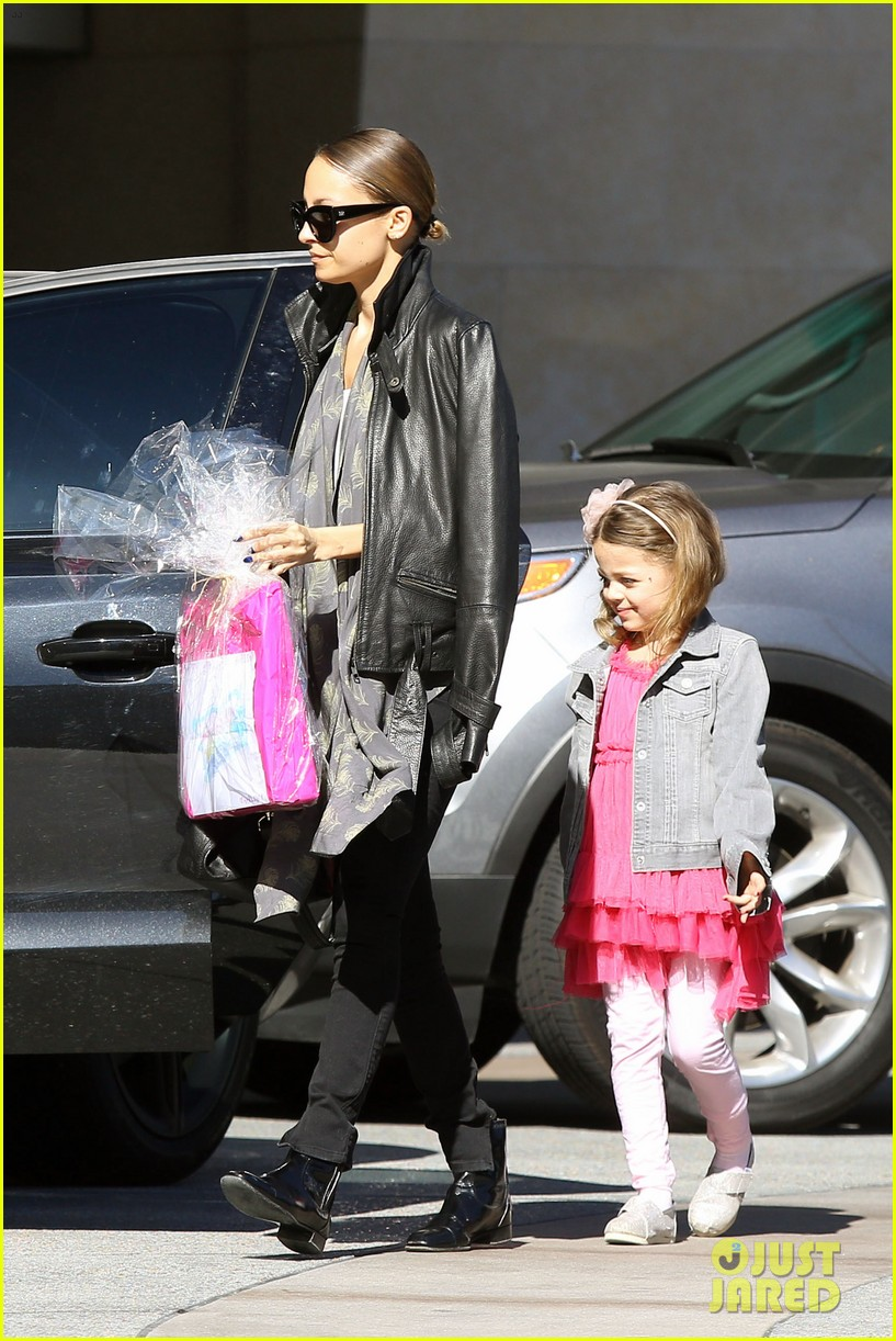 nicole richie birthday party fun with cutie pie harlow 25