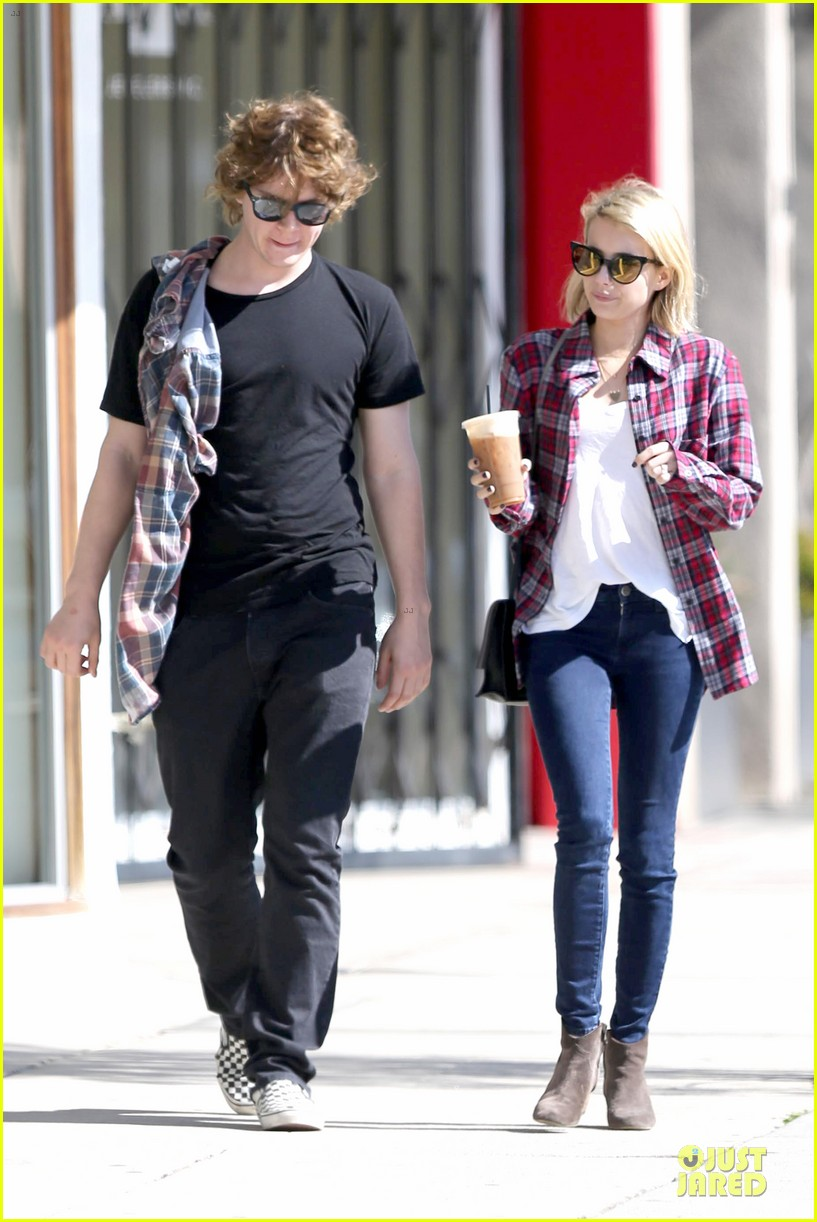 emma roberts toasts 23rd birthday with evan peters 17