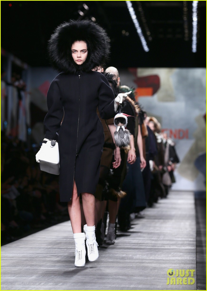 michelle rodriguez supports rumored girlfriend cara delevingne at fendi show 083057542