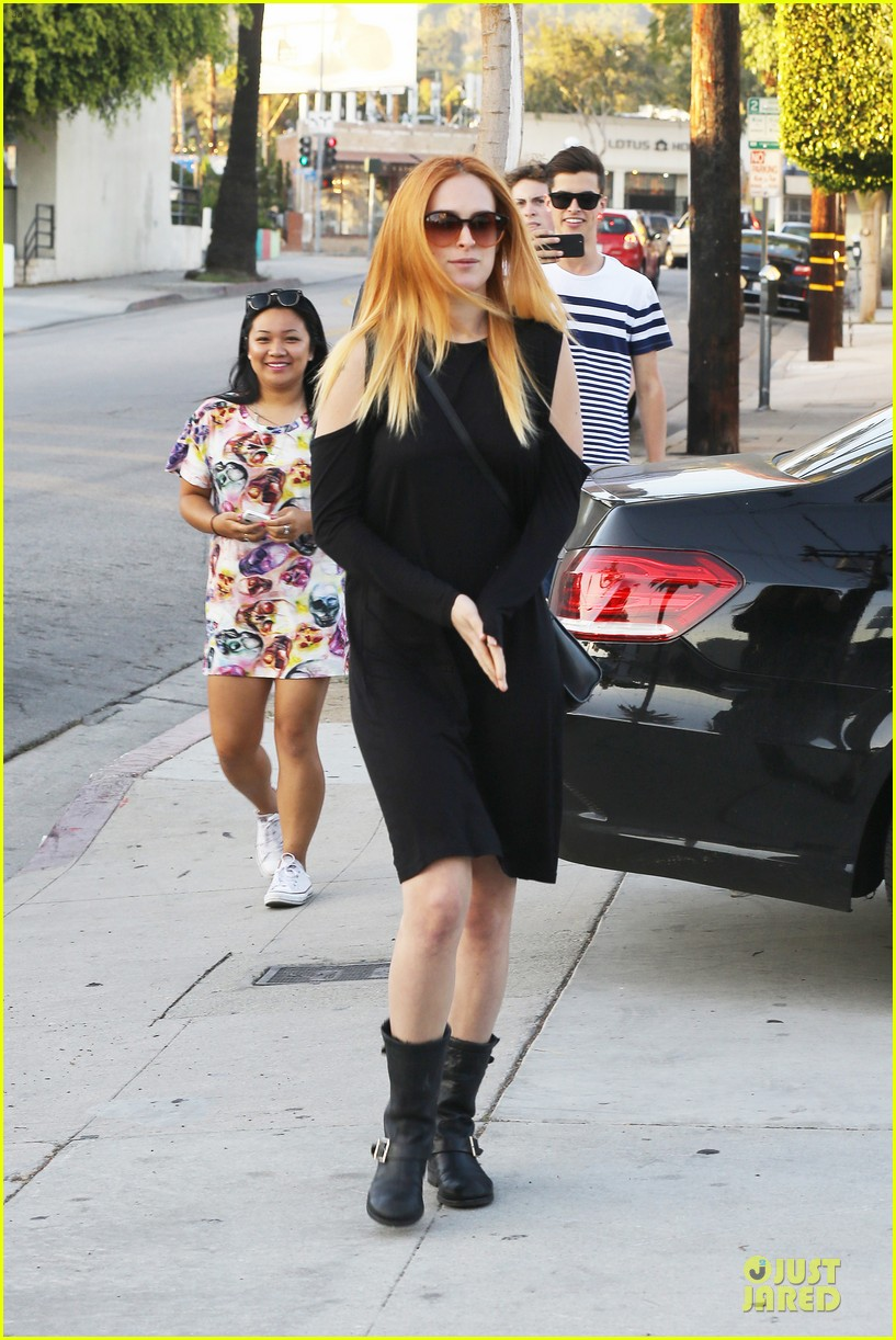 rumer willis rocks lighter hair at andy lecompte salon 12