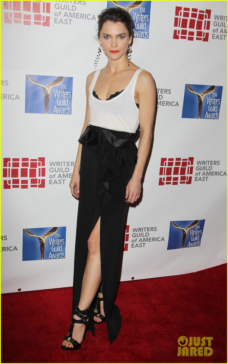 keri russell emily mortimer writers guild awards 2014 09