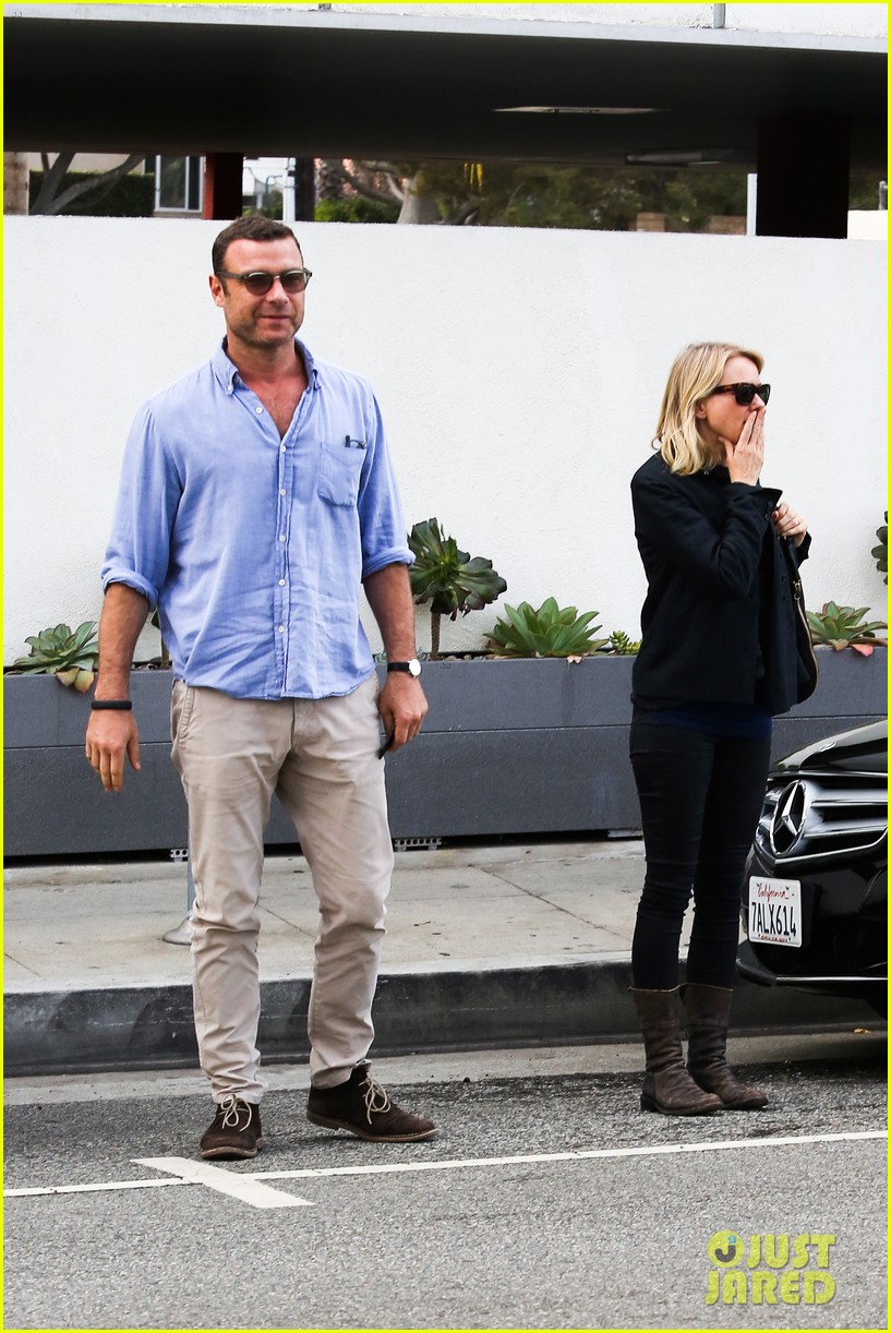 liev schreiber bares hot shirtless bod for family bike ride 153045874