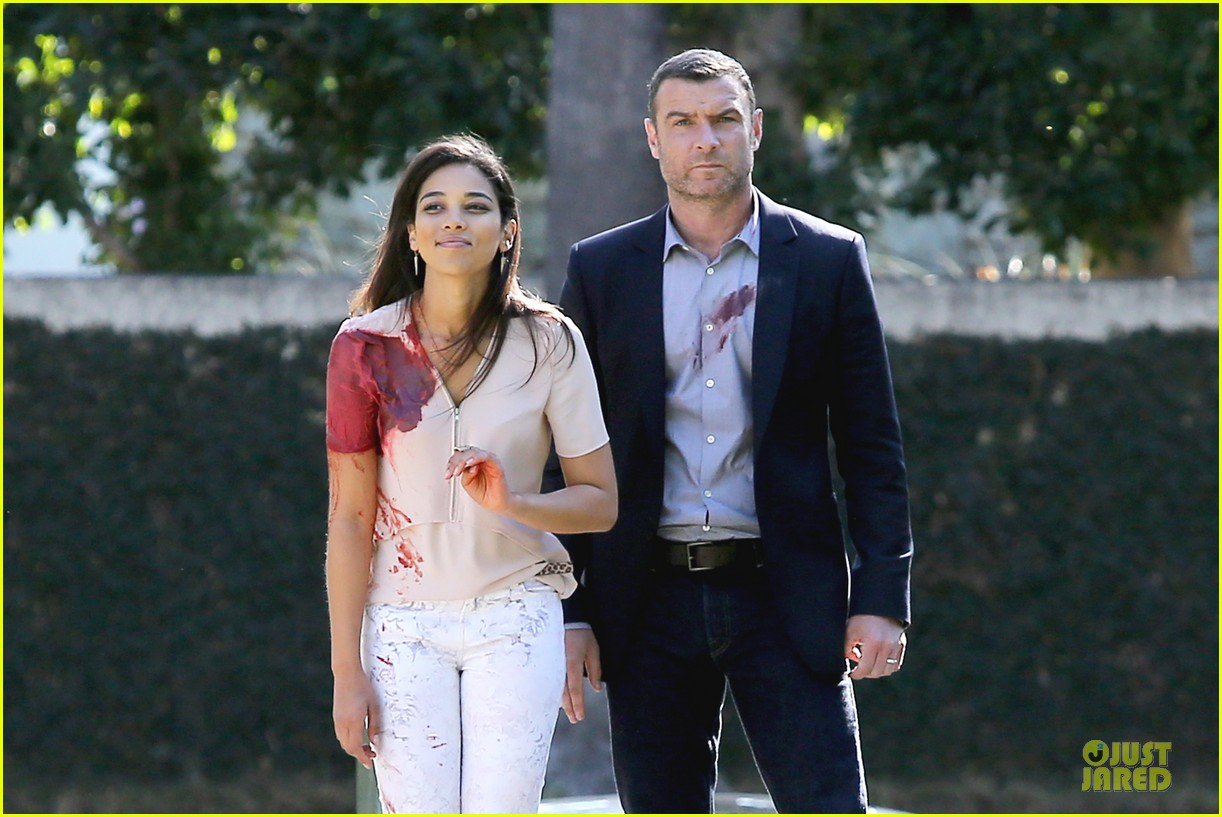 liev schreiber sports fake blood for ray donovan 06