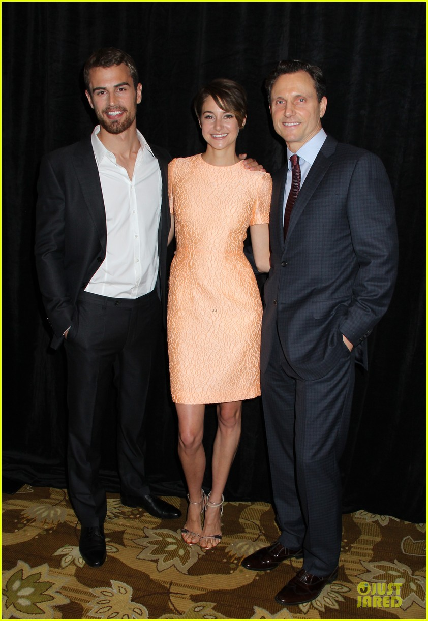 shailene woodley hot divergent pair at icg publicists awards 033062564