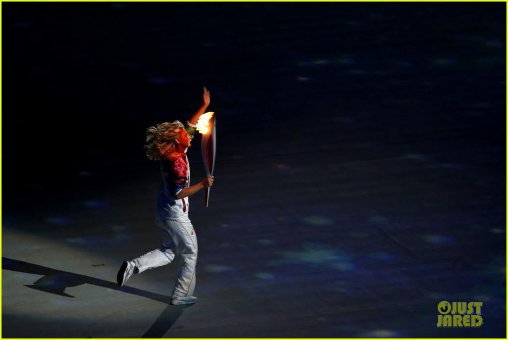 maria sharapova irina shayk sochi olympics 2014 opening ceremony 143049566