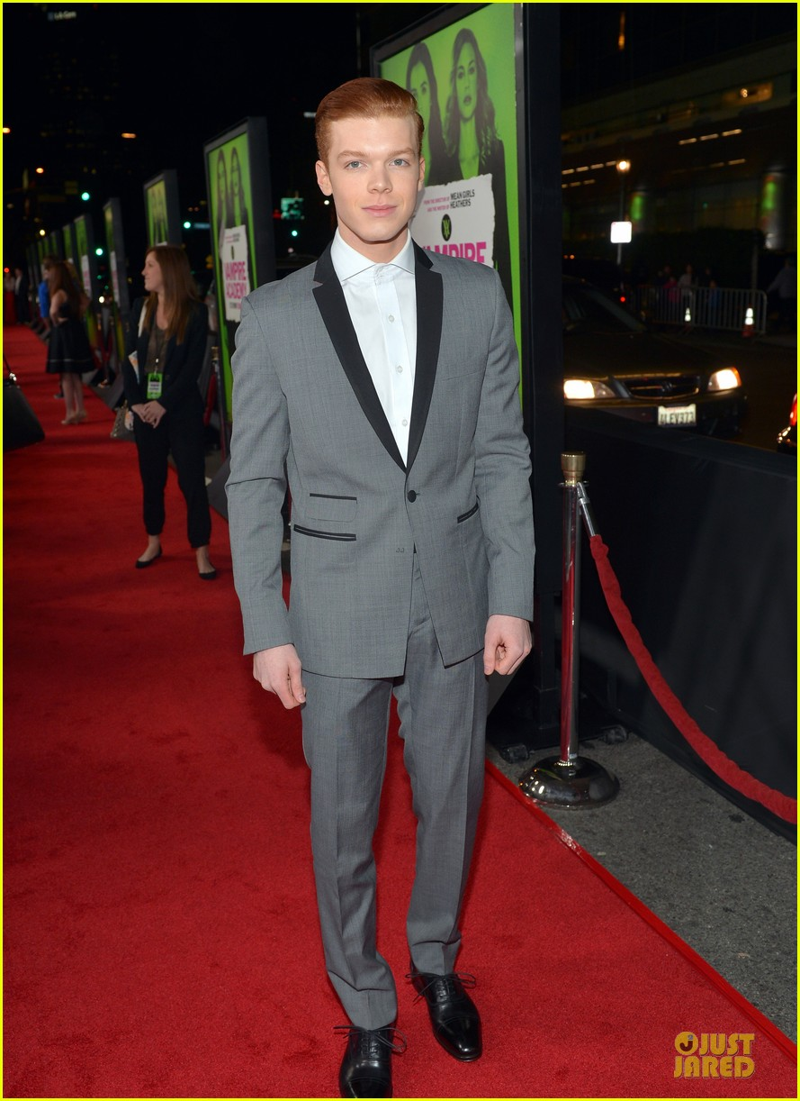 dominic sherwood cameron monaghan vampire academy premiere 013048139