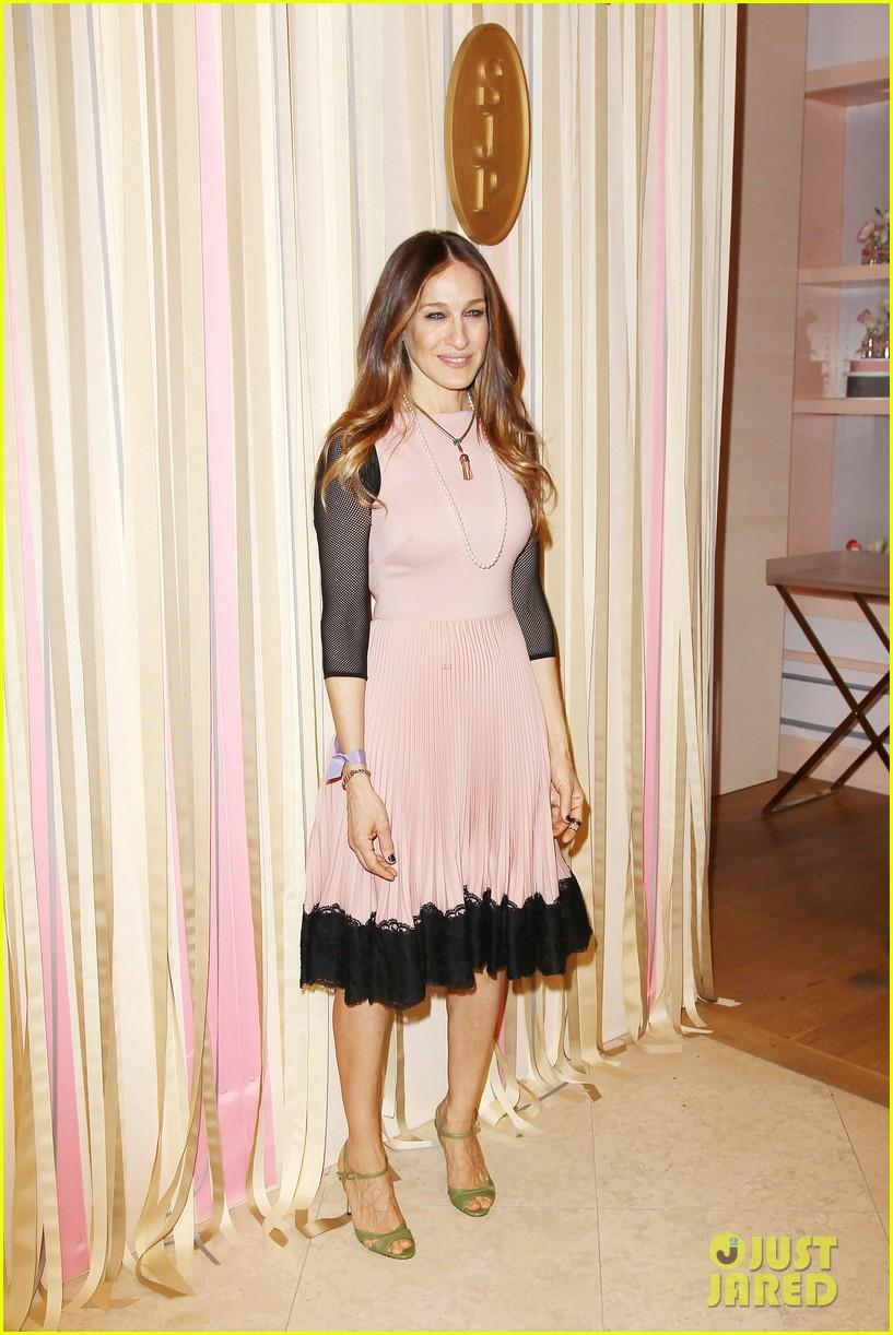 sarah jessica parker shoe collection pop up shop appearance 12