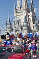 super bowl mvp malcolm smith visits disney world after big win 05