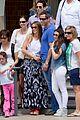 sofia vergara nick loeb sydney zoo trip with modern family co star 13
