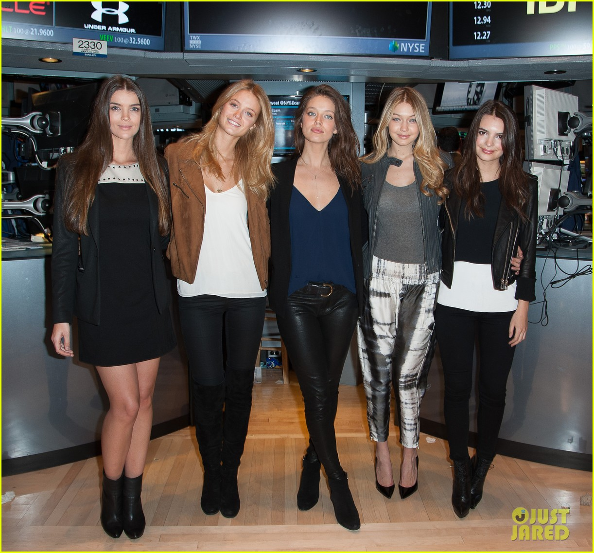 sports illustrated swimsuit models ring stock exchange bell 033053074