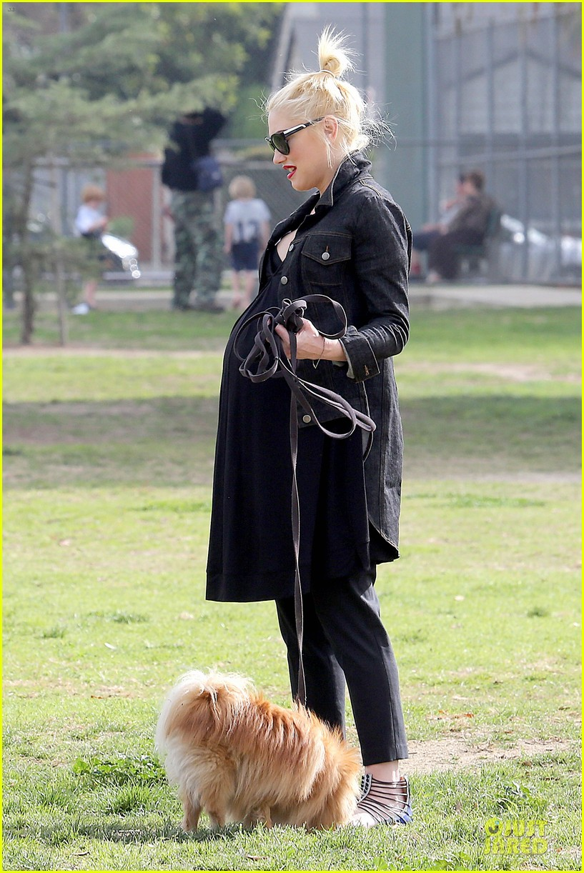 gwen stefani looks about ready to pop in brentwood 25