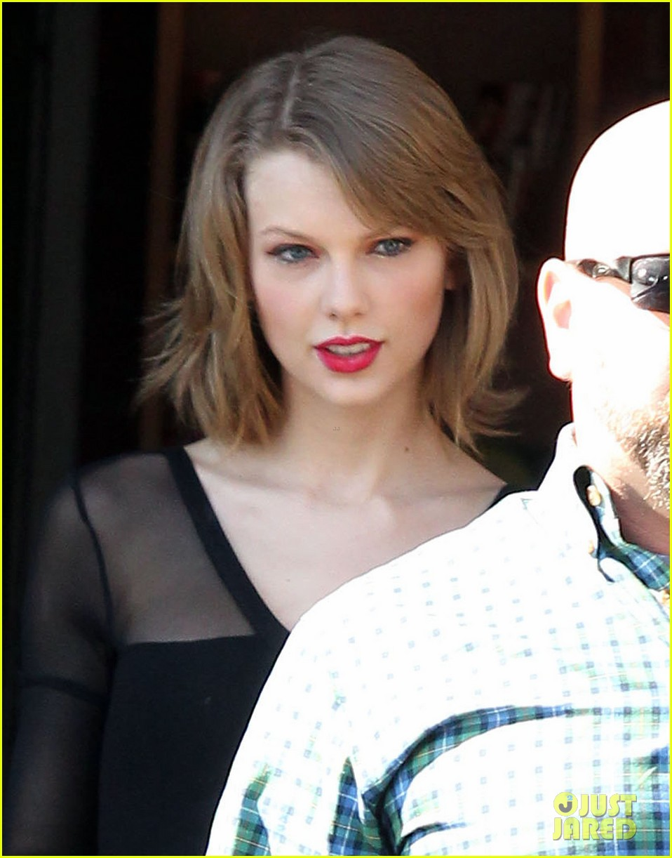 taylor swift wishes her pal ed sheeran a happy birthday 033055167