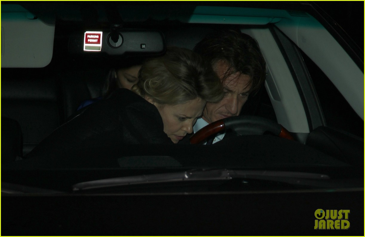 charlize theron sean penn bouchon charity dinner 06