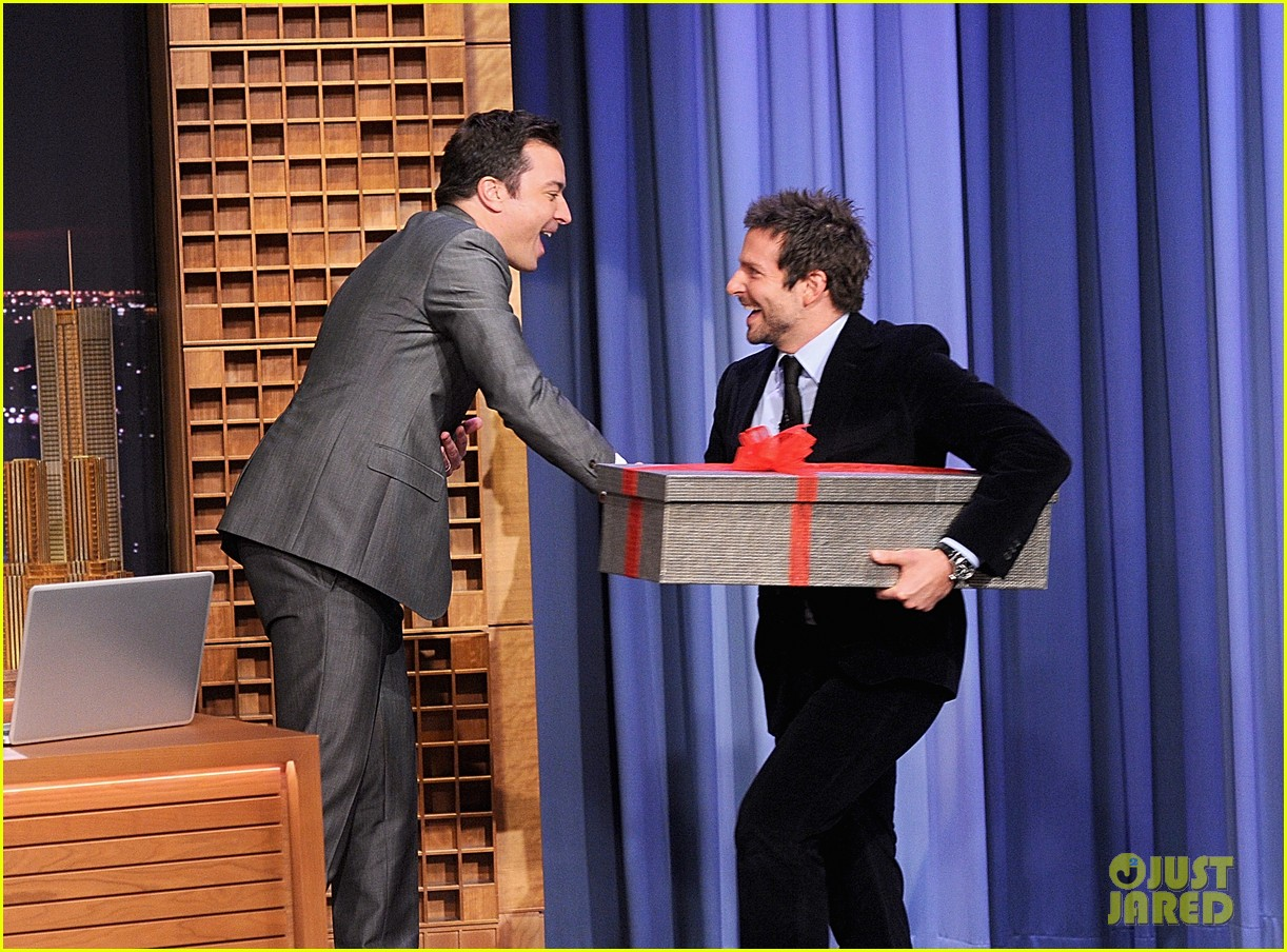 bradley cooper emma thompson play charades on fallon 143056618