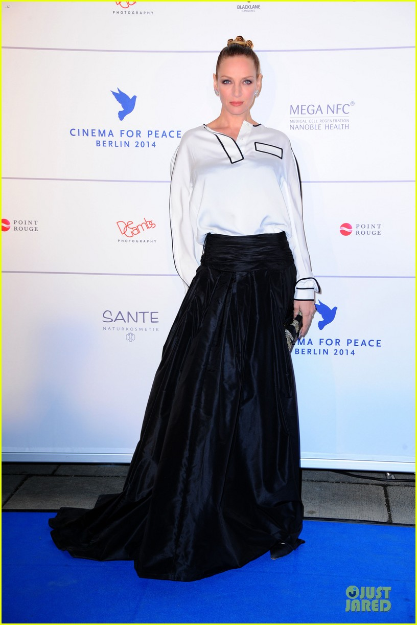 uma thurman difference maker at cinema for peace gala 08