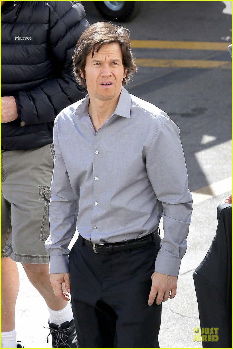 mark wahlberg all ruffled up by michael k williams on the gambler 043047099