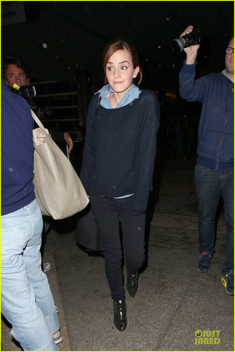 emma watson flys into lax airport before oscars 2014 093062506